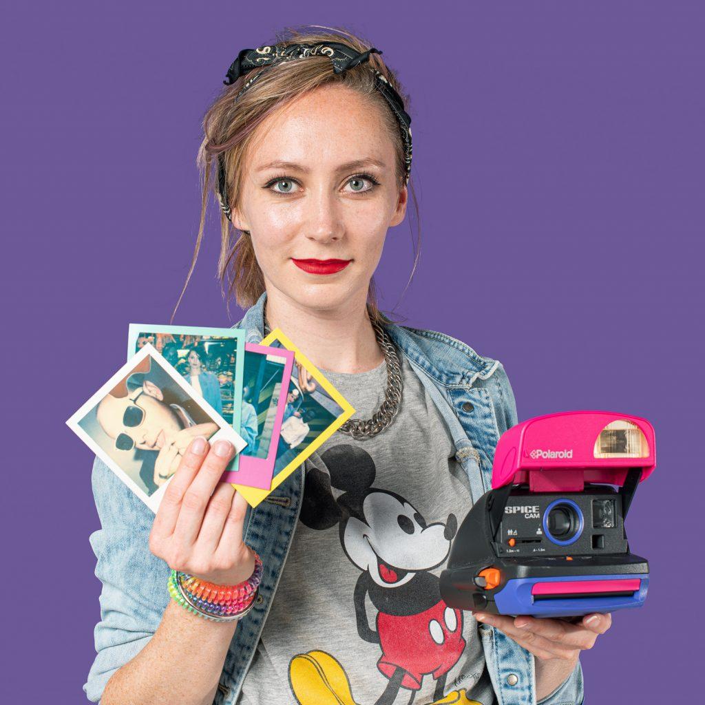 Animatrice photo photocall Polaroid Lensgirl
