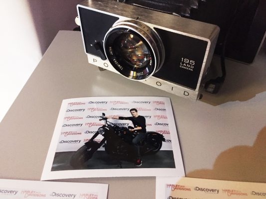 Photocall Polaroid Retro Harley And The Davidson Discovery Channel Eurosport Lensman
