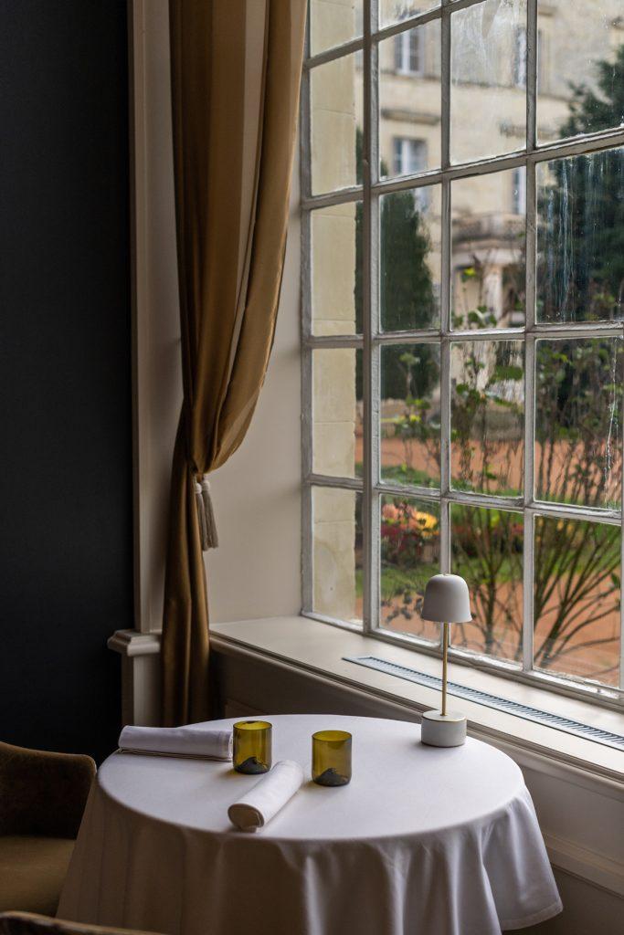 reportage photo restaurant Le la table du Domaine de la Brulaire Geste Lensman Agence ALTO